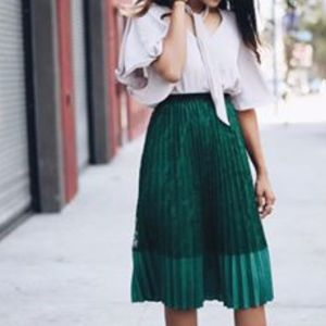Grace Skirts - Lace the Grace Pleated Skirt in Emerald Green